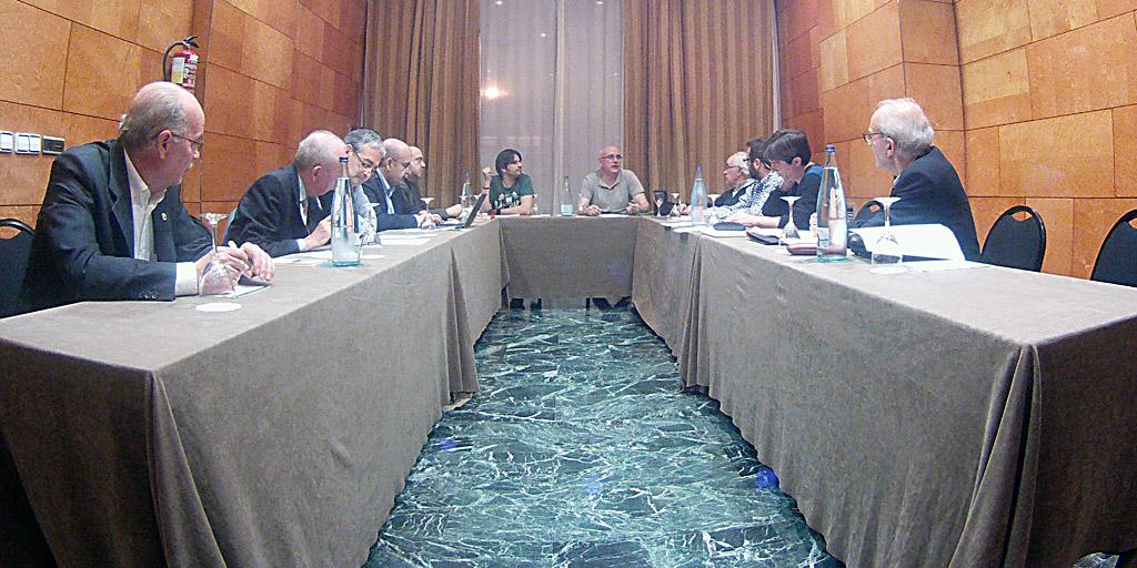 Reunión para debatir las Bases del Circuito iberico 2015.