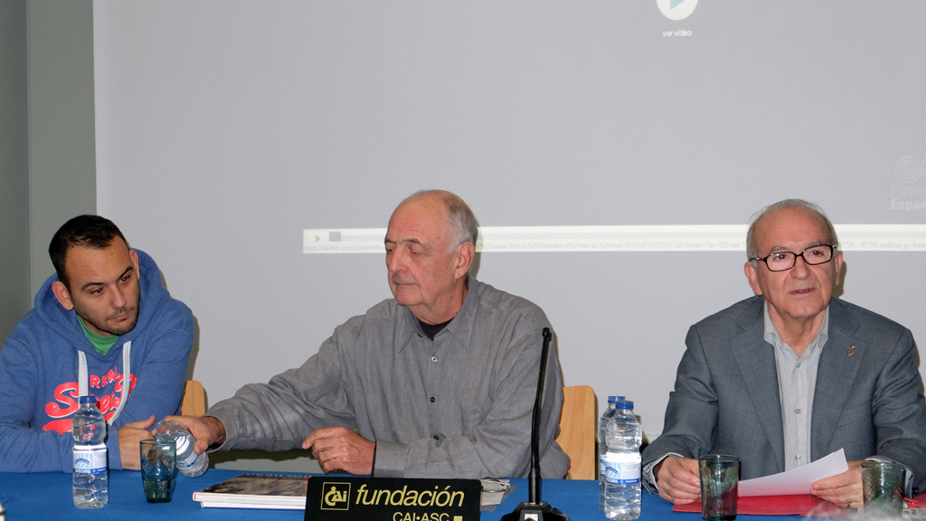 Presentación de Hermann Waldenburg por Julio Sánchez