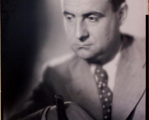 12.-Autorretrato-Jalón-Angel-1954