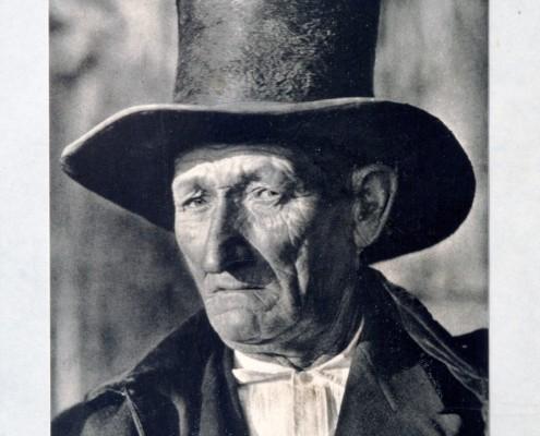 8. José Ortíz-Echagúe  1928