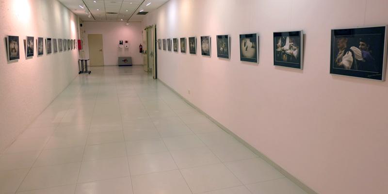 """Exposición """"Detalles de Tradición"""" de Mariam Useros en Ibercaja."""